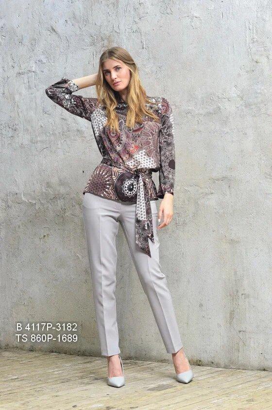 Блузка с принтом пейсли
